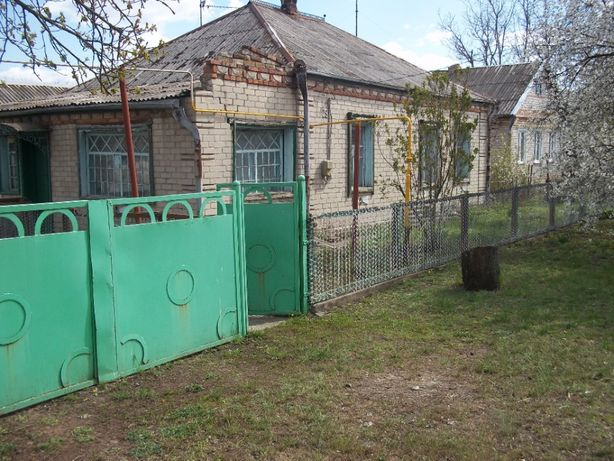 Продам дом в с. Левенцовка, Новомосковского района