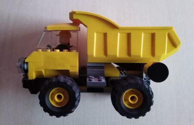 LEGO 7789 - Toy Story 3. Wywrotka Lotso - Miś Tuliś
