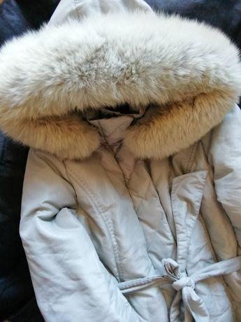 Пуховік с хутро песца,парка, S,куртка с мехом,зимнее пальто пух/ перо,