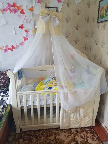 Кроватка с маятником  Верес