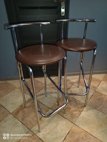 Dwa krzesła typu hoker