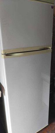 """2-х камерный холодильник """"Днепр"""""""