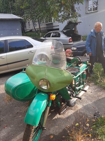 Продам Урал 77 года