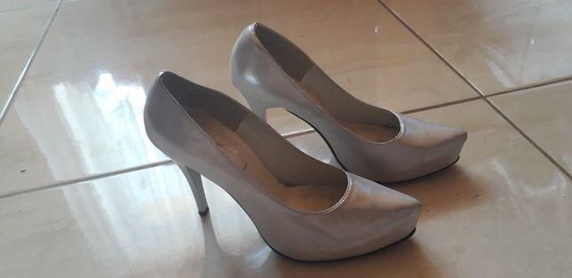 Buty pantofle szpilki r.37 srebrne