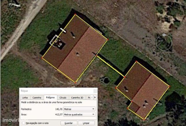 Terreno com construção T2+1, em Pataias