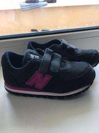 Кроссовки для девоки , размер 23.