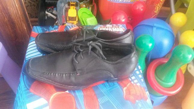 Pantofle rozmiar 35