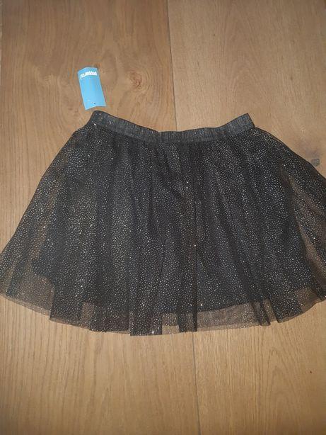 Nowa spódnica r. 146
