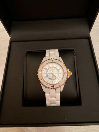 Часы Chanel новые