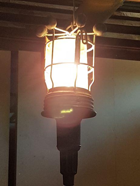 Lampa warsztatowa Merten przenośka