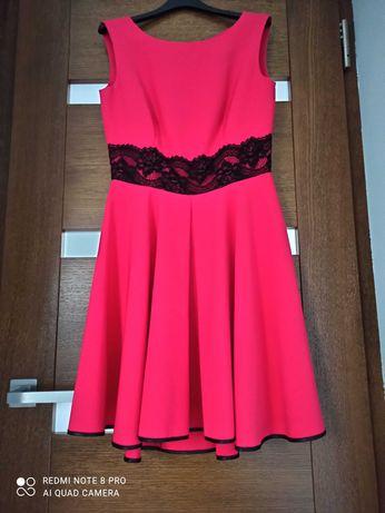 Sukienka malinowa rozmiar 38