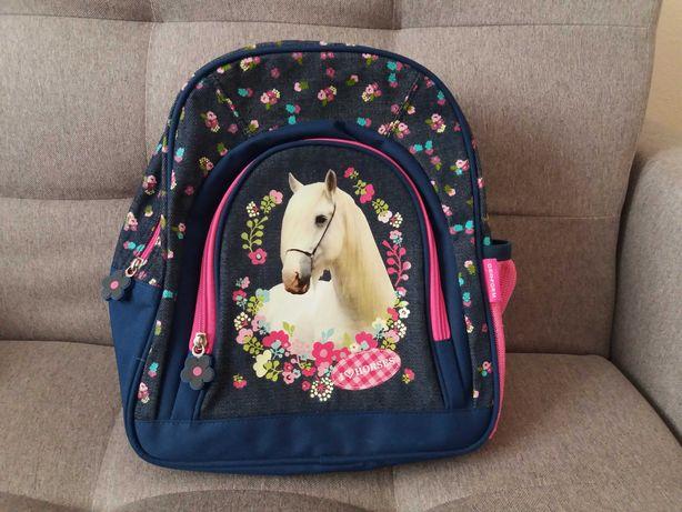Plecak plecaczek przedszkolny szkolny na wycieczki mały