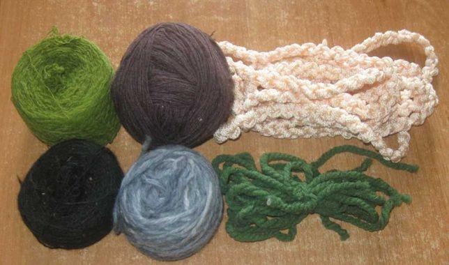 Нитки для вязания. Разноцветные. Цена весь лот.