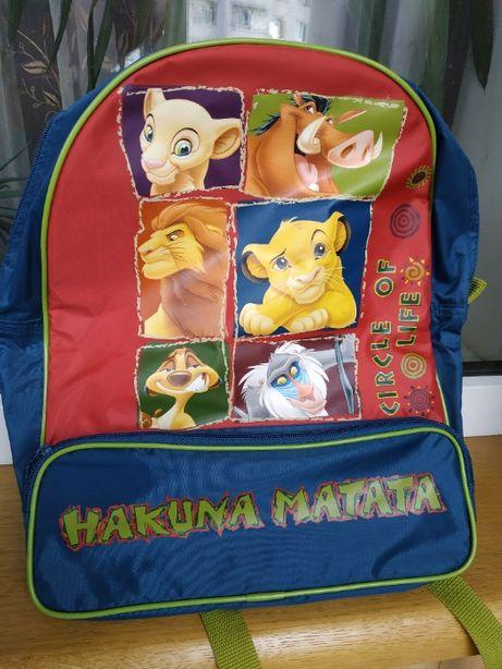 новый рюкзак для школьника