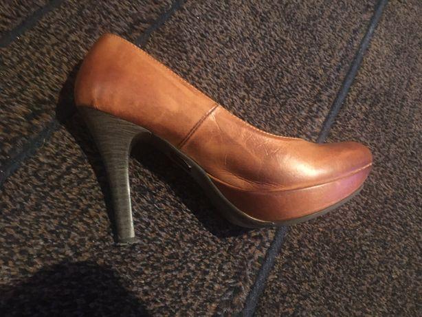 Sapatos Cunha castanhos