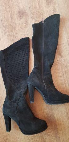Kozaki buty rozm. 40 ażurowe skóra naturalna czarne