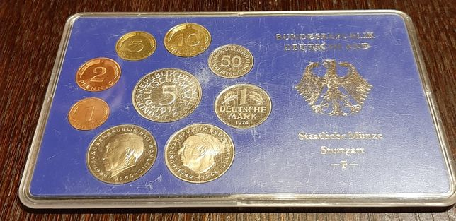 Zestaw monet w blistrze-Marki niemieckie z 1974-mennica- F- Stuttgart