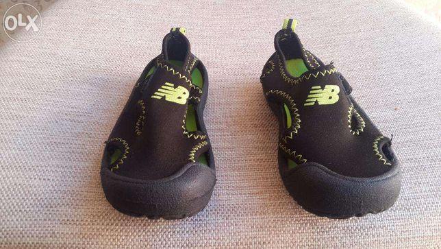 new balance сандалии