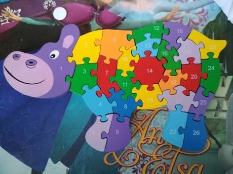 Puzzle drewniane hipopotam 26 el.