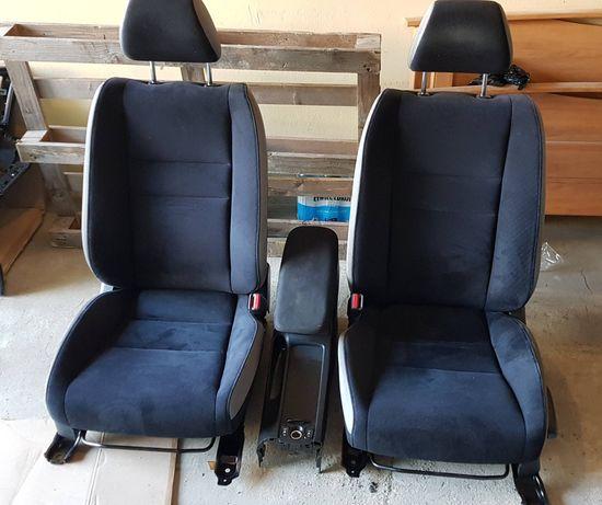 Siedzenia do Honda Civic VIII (ufo)