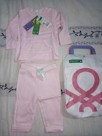 Roupa bebé com etiqueta