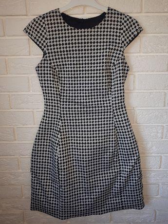 Sukienka Simple 36 czarna biała klasyka