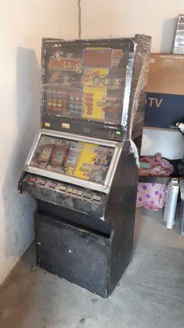 Automat owocówka.