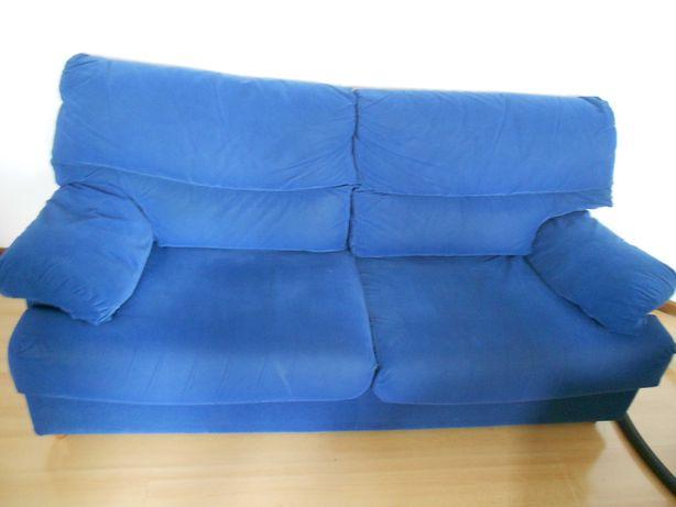 Sofá 2 Lugares em tecido (Azul)