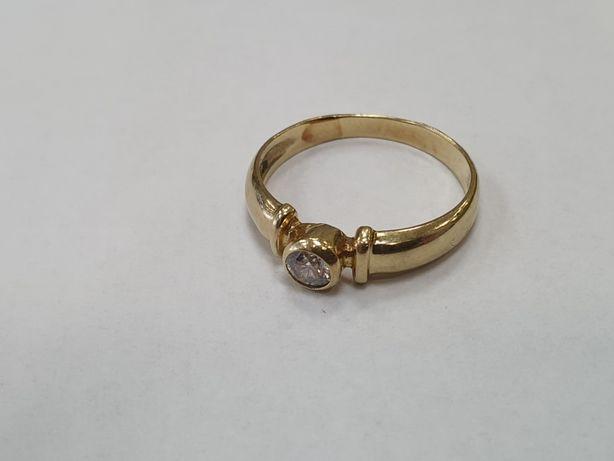 Piękny! Klasyczny złoty pierścionek damski/ 585/ 3.1 gram/ R17/ Gdynia
