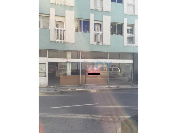 Loja para Arrendamento no Centro do Porto