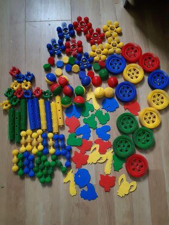 Klocki Funny Blocks firmy Wader ponad 100 elementów