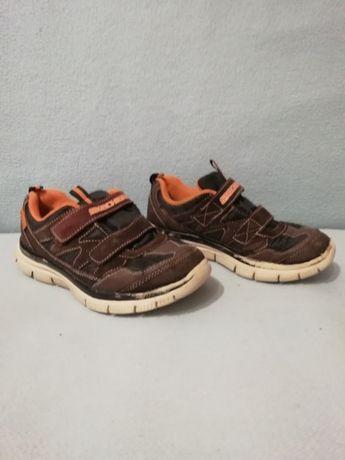 Фірмові кросівки Skechers, розмір 32 (стєлька 20 см), 100 грн.