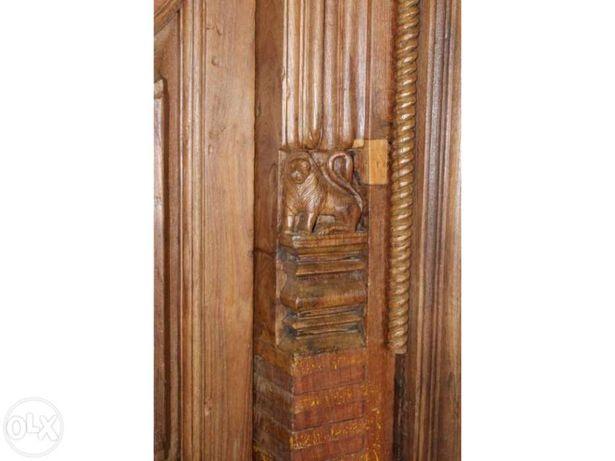 """Porta em madeira """"Templo Indiano"""""""