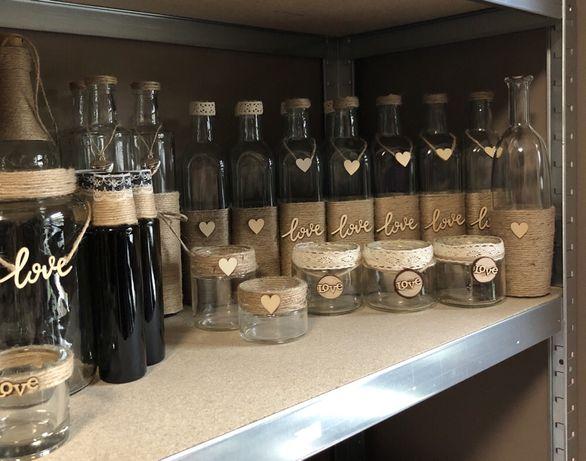 Słoiczki, butelki i słoiki rustykalne