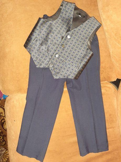 Костюм нарядный выпускной школьный жилетка+брюки