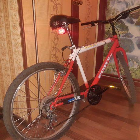Велосипед FORT MTB хардтейл Состояние отличное Рама вечная) Колеса 2
