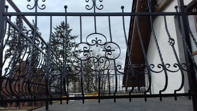 Usługi ogrodzenia balustrady bramy