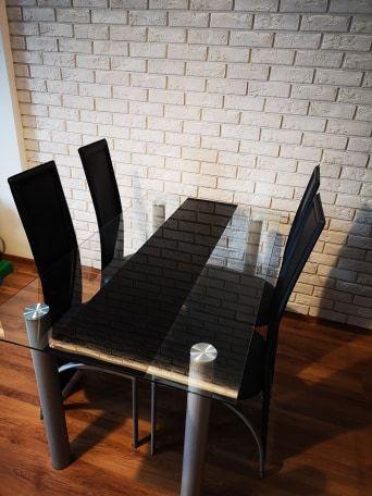 Stół salonowy/kuchenny szklany + 4 krzesła 140x80x75