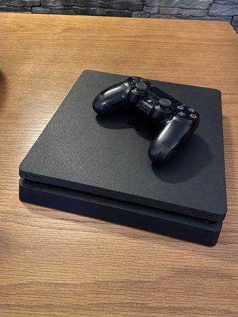 Playstation 4 + Comando