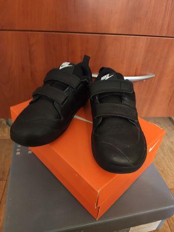 Кроссовки Nike 27р новые