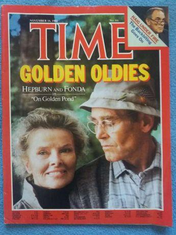 """Vendo revistas """" time """" em inglês"""