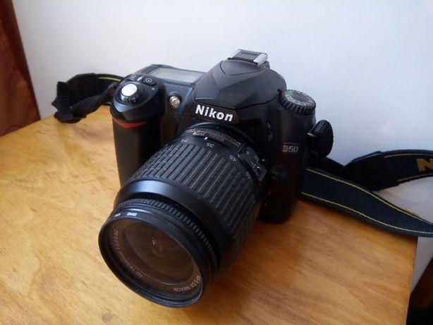 Nikon D50 KIT AF-S Nikkor 18-55mm 3.5-5.6 G ED