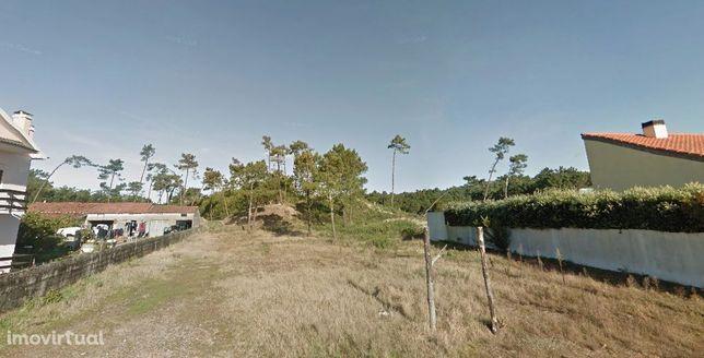 Terreno para construção na praia da Amorosa com 1670m2