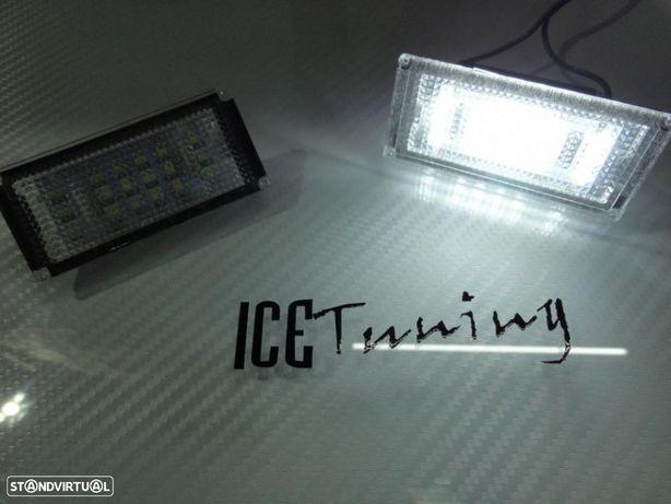 Suporte de lampada de matricula com led branco para bmw e46 coupe + cabrio 04-06