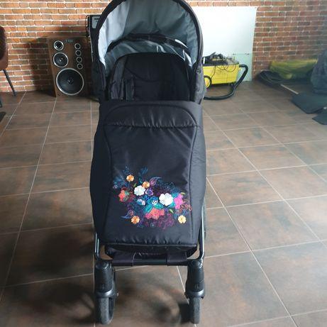 Универсальная коляска Invictus 2 в 1 V-plus Цветы