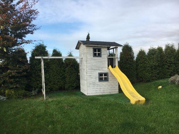 domek drewniany dla dzieci zjeżdżalnia dla dzieci huśtawka