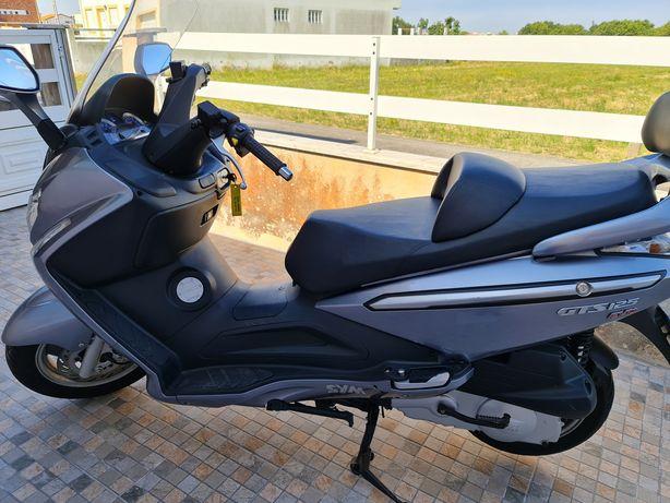Mota SYM GTS 125 EVO