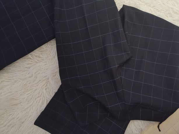 Nowe spodnie w kratę, rozszerzane nogawki NEW LOOK