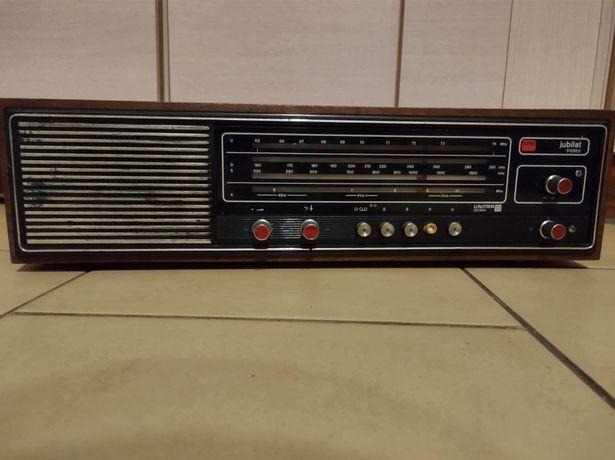 Sprzedam radia starego typu. 50 zł za sztukę.