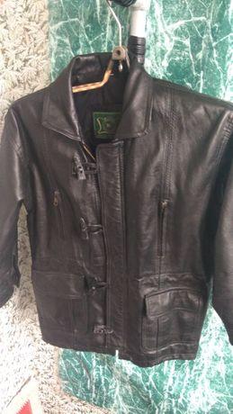 Кожаная куртка подростковая